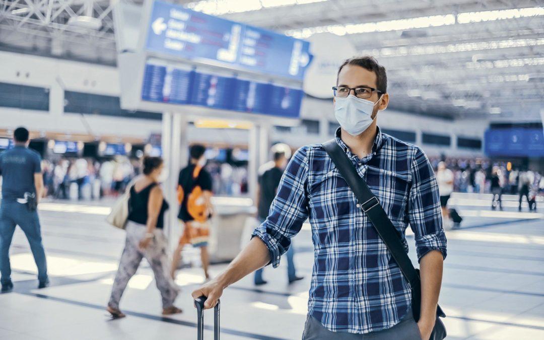 Corona im Urlaub: Wann zahlt die Versicherung?